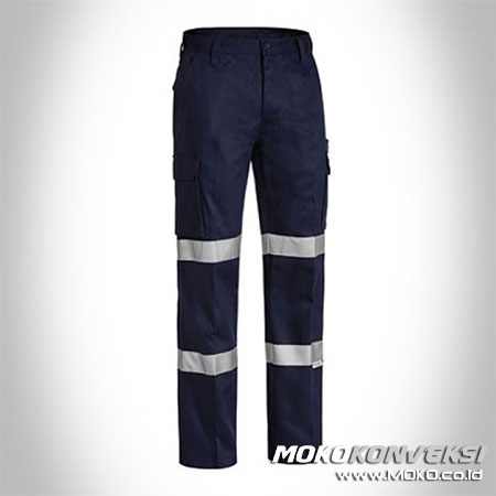 Contoh Celana Wearpack Pants Safety Black Double Scotchlite