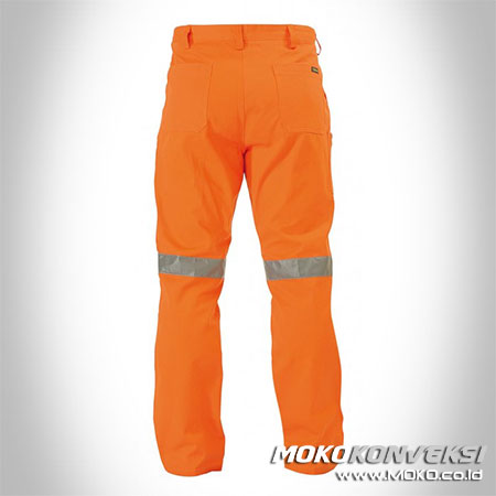 Contoh Setelan Celana Wearpack Pants Safety warna Orange Scotchlite